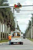 Reparación del semáforo Foto de archivo libre de regalías