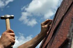 Reparación del tejado fotografía de archivo libre de regalías