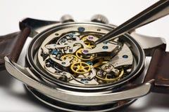 Reparación moderna del reloj Foto de archivo libre de regalías