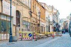 Reparaciones en la calle de Gabroveni en Bucarest Imagenes de archivo