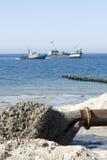 Reparando a praia. imagens de stock royalty free