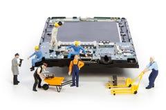 Reparatie usb schakelaar in smartphone Royalty-vrije Stock Foto