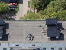 Reparatie van het dak het dak Stock Fotografie