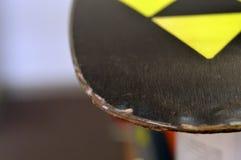 reparatie van ski en snowboard Stock Foto's