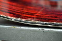 reparatie van ski en snowboard stock fotografie