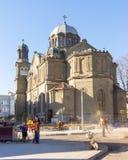 Reparaties die het gebied van St Cyril en Methodius in Burgas, Bulgarije, de winter behandelen Royalty-vrije Stock Foto's