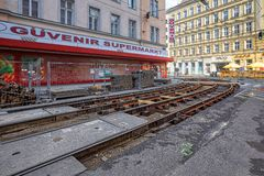 Reparation av spårvagnspåren Landstrasse område, Wien, Österrike royaltyfri bild