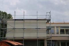 Reparatur des Gebäudes, Baugerüst lizenzfreies stockfoto