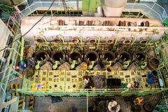 Reparatur des Schiffsmotors Lizenzfreie Stockbilder