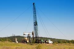 Repare a bomba de óleo Fotografia de Stock
