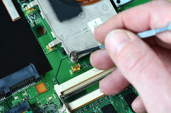 Reparera elektronik royaltyfria bilder
