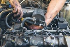 Reparera för mekaniker royaltyfri foto