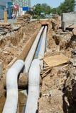 Reparieren Sie Arbeit über die RohrleitungsWasserversorgung, die Kanalisation und die Heizung I Stockbilder