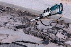 Reparieren Sie Arbeit über die Straße Stockfotos