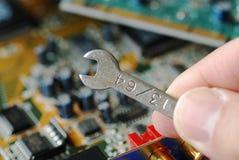 Reparieren Sie einen Computer Stockfotografie