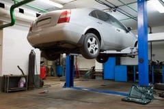 Reparieren Sie Garage stockfotografie