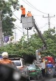 Reparieren Sie Straßenbeleuchtung Stockfotografie