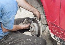 Repariert eine Bremse stockfotos