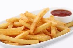 Reparta dos frites recentemente feitos dos pommes imagem de stock