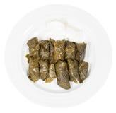 Reparta el dolma del Cáucaso de las hojas de la vid y pique Fotos de archivo