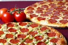 Reparto de la pizza Imagen de archivo libre de regalías