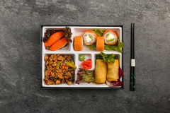 Repas à emporter ou à la maison emballé de partie de Bento Single dans le cuision japonais images libres de droits