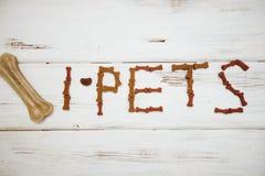 Repas équilibré pour un animal familier Photographie stock libre de droits