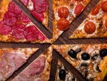 Repas italien national de nourriture de fond de pizza image libre de droits