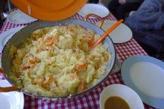 Repas néerlandais traditionnel de ` de Hutspot de ` photo libre de droits