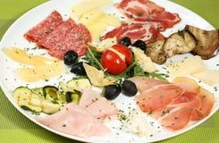 Repas riche et délicieux de petit déjeuner Image libre de droits