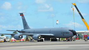 República de aviões do reabastecimento aéreo de Boeing KC-135 Stratotanker da força aérea de Singapura (RSAF) na exposição em Sing Imagens de Stock