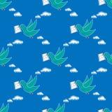 Repetição levando do teste padrão do envelope da pomba sem emenda na cor azul para algum projeto O pássaro entrega uma mensagem P Fotografia de Stock Royalty Free
