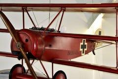 Replica del triplano rosso degli aerei di barone: Dott. I, Monaco di Baviera, Germania del fokker fotografia stock