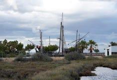 Replica della nave di Columbus al molo dei Carvels a Huelva, Spagna immagine stock