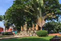 Replica della scultura nel mercato di Chaiya immagine stock libera da diritti