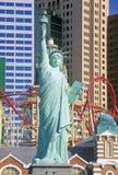 Replica della statua della libertà fuori di New York, dell'hotel di New York e del casinò, Las Vegas, NV Fotografia Stock Libera da Diritti