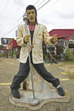 Replica of Elvis Presley singing on the road in the Southeast in GA Stock Photography