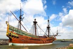 Replica van Nederlands lang schip Batavia Stock Afbeeldingen