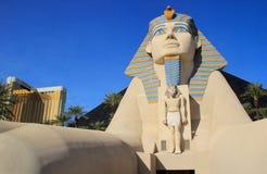 Replik der großen Sphinxes Giseh-, Luxor-Hotels und des Kasinos in Las V stockbild