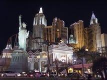 Replik des Freiheitsstatuen in einem Hotel, neu lizenzfreies stockbild