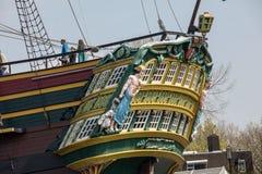 Replik des Schiff Dutch East India Company ` das Amsterdam-`, festgemacht durch das nationale Seemuseum in Amsterdam, lizenzfreie stockfotografie