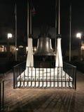 Replik Liberty Bells außerhalb Halls von Präsidenten, Disney-Welt stockfotografie