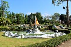 Replik-Siegmonument im Miniaturpark Pattaya lizenzfreie stockfotos