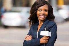 Reporter africano di notizie fotografia stock libera da diritti
