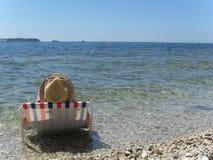 Repos sur le rivage de l'Adriatique image stock