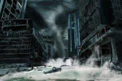 Représentation cinématographique d'une ville détruite par ouragan Images stock