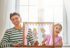 Représentation dans le théâtre de marionnette Photo libre de droits