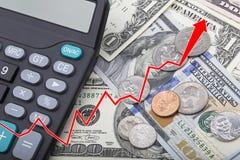 Représentez graphiquement montrer des billets de banque d'USD avec des pièces de monnaie et une calculatrice Images libres de droits