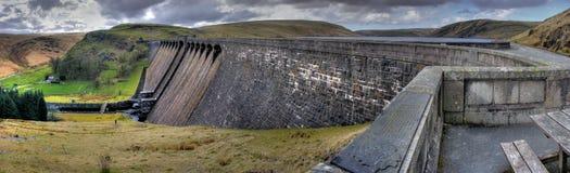 Represa de Claerwen - vale da disposição Fotos de Stock