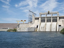 Represa de Davis no rio de Colorado imagens de stock